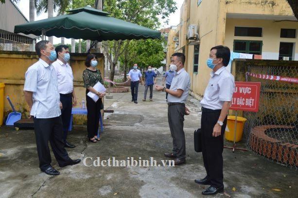 Kiểm tra công tác phòng chống dịch bệnh COVID - 19 tại huyện Quỳnh Phụ